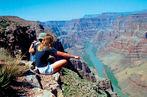 grand-canyon-couple